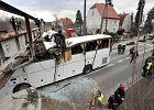 Wyrok dla kierowcy, który uderzył autobusem w wiadukt: 2 lata