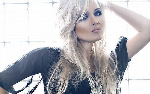 Nasza polska wokalistka ma szanse pojechać na Eurowizję w barwach Szwajcarii! Dzięki głosom fanów z całego świata, Gosia znalazła się w gronie 18 artystów, którzy zawalczą o miejsce w konkursie.