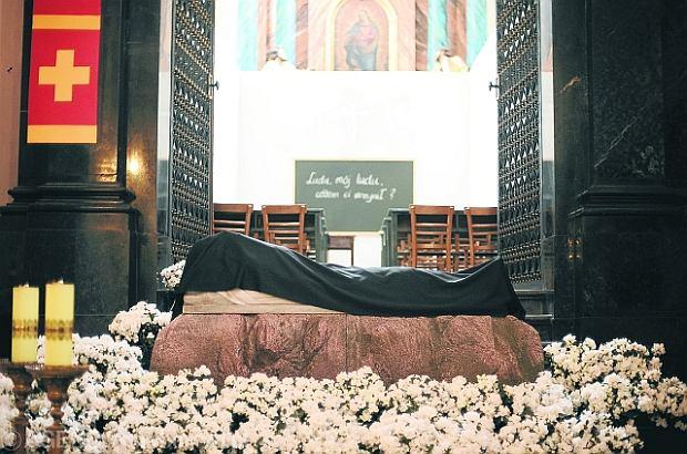 Warszawa - Gr�b Pa�ski w Katedrze �w. Jana Chrzciciela