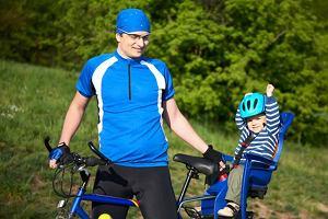 W zdrowych rodzicach zdrowy duch! Z maluchem na rowerze