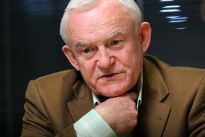 Miller: Palikot to barwny ptak. Jego celem jest prezydentura Polski