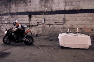 Aprilia vs. BMW | Wideo