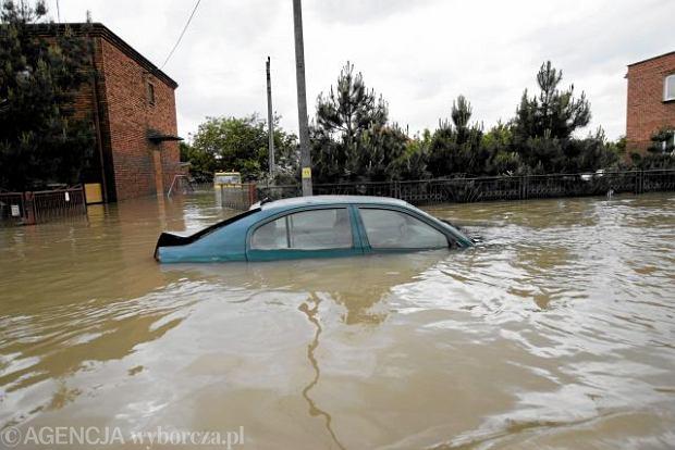 Powodzianie z Sandomierza: Pozwiemy rz�d Tuska