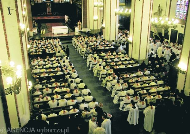 Wielka roszada personalna w Archidiecezji Warszawskiej