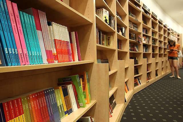Podręczniki szkolne w księgarni