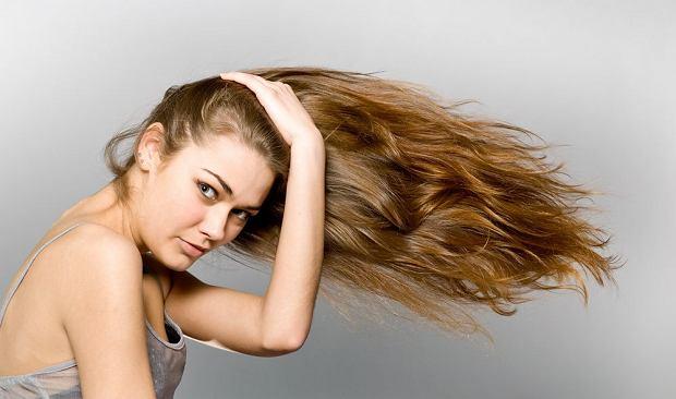 Zdrowe włosy po wakacjach