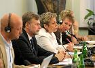 Polki wykonuj� do 200 tys. aborcji rocznie, 15 proc. za granic�