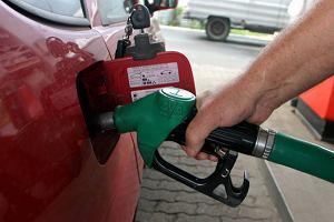 Diesel i benzyna dro�ej�. Ile jeszcze?
