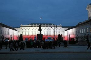 Minister kultury: Pomnik smoleński przed Pałacem Prezydenckim, prędzej czy później