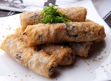 Sajgonki z wieprzowiną i krewetkami - ugotuj