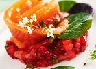 Marynowany �oso� z sals� z truskawek z zielonym pieprzem wg Widomskiego