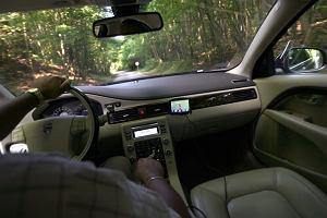 Firmowe auta z pe�nym nadzorem kierowcy