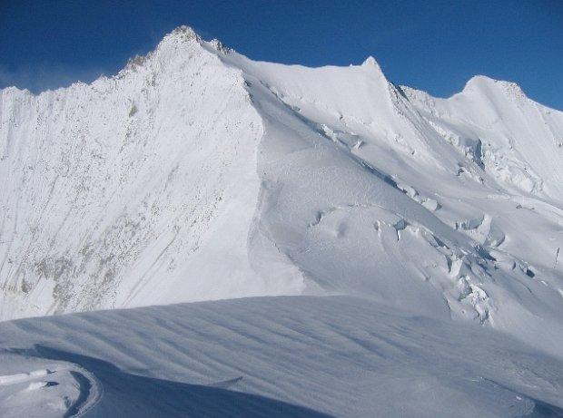 Polak zgin�� w szwajcarskich Alpach. Alpini�ci pr�bowali zdoby� szczyt Stecknadelhorn