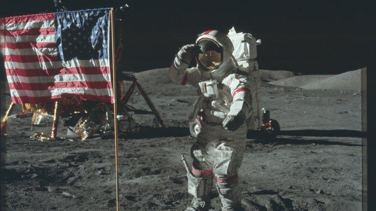Prezent NASA dla maniak�w kosmosu. Ponad 9 tys. zdj��, du�o nietypowych uj�� ''od kulis''