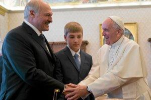 Papież przyjął na audiencji Łukaszenkę. To pierwsza wizyta prezydenta Białorusi w Europie Zachodniej od 2011