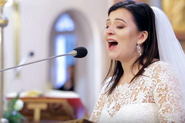 Pani Joanna zaśpiewała na własnym ślubie