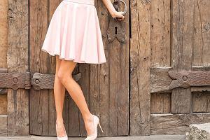 Trapezowa spódnica - jak i do czego ją nosić