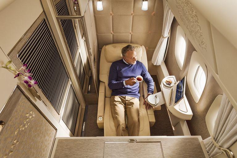 Pozycja 'zero-gravity' w pierwszej klasie Emirates