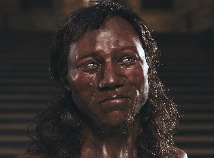 Rekonstrukcja twarzy 'człowieka z Cheddar' - najstarszego znanego Brytyjczyka sprzed 9 tys. lat
