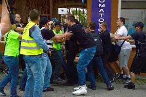 Echa ataku Młodzieży Wszechpolskiej na KOD w Radomiu. Tam, gdzie w polityce pojawia się przemoc, rodzi się faszyzm