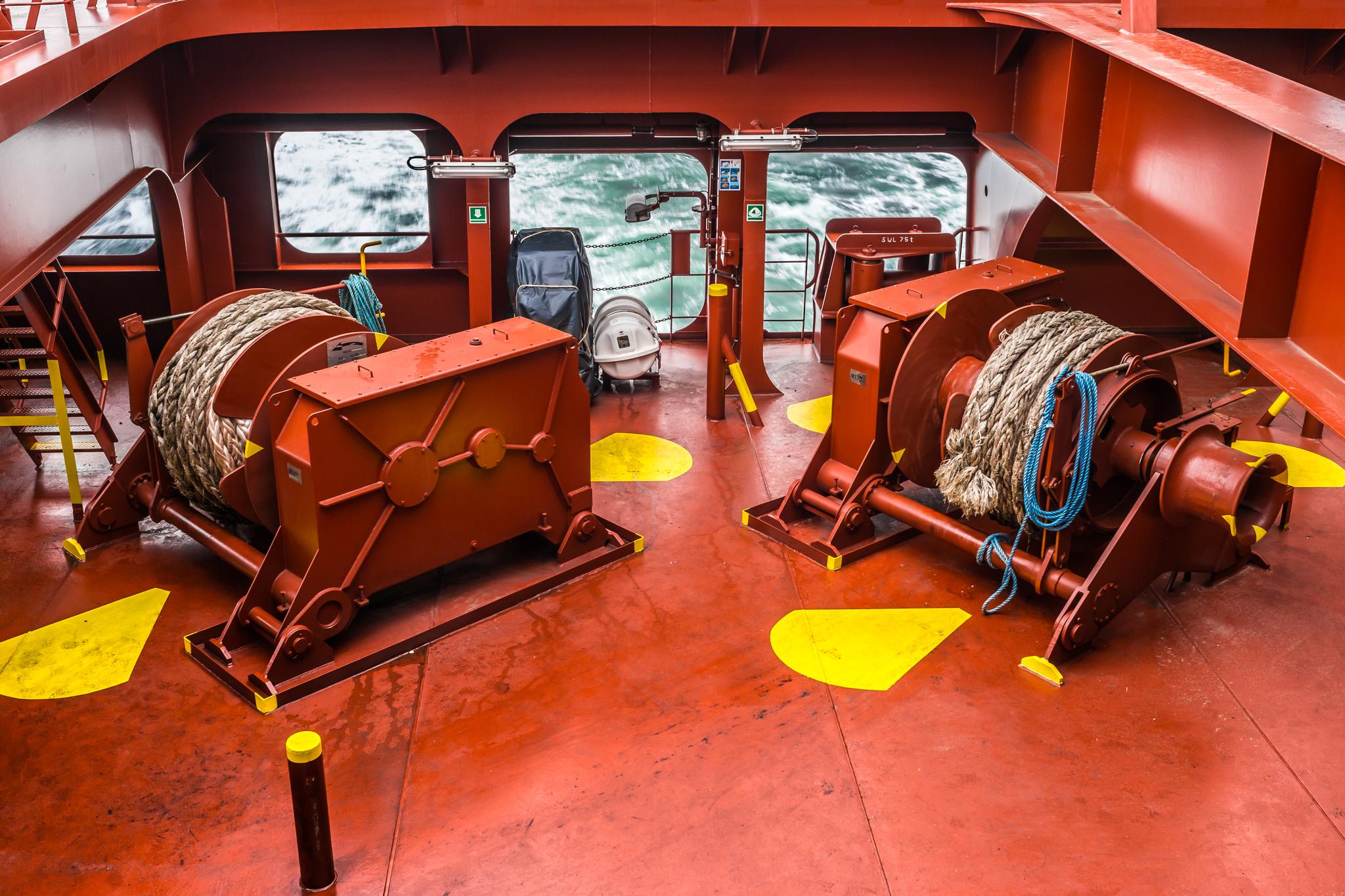 Windy cumownicze na rufie Mayview Maersk (fot. Robert Urbaniak)