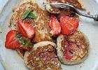Jedzenie na czasie. Orkiszowe placki z ricottą i truskawkami
