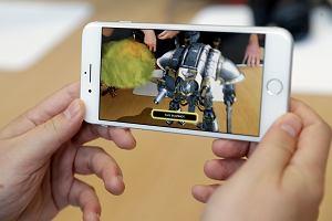 Nowe iPhone'y najwydajniejszymi smartfonami na rynku. Konkurencja z Androidem została w tyle