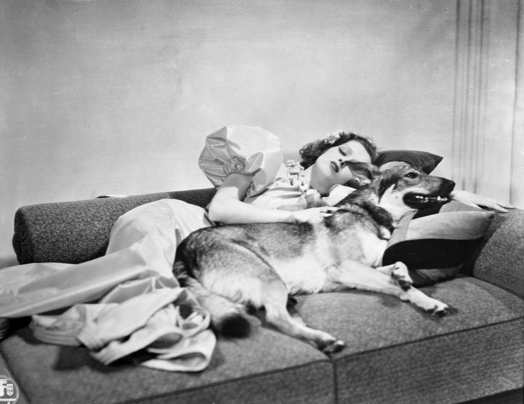 Renata Radojewska w filmie ''Niedorajda'', 1937 r. (fot. Zbiory Filmoteki Narodowej)