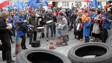 Warszawa, 25 marca. Protest przeciwko reformie edukacji