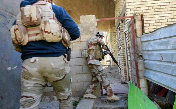 Irackie si�y bezpiecze�stwa na patrolu