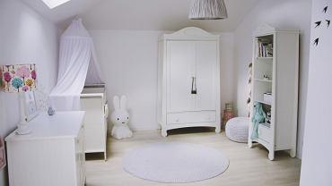 Śnieżnobiały pokój dla dziewczynki