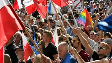 Demonstracja w obronie Sądow i KRS