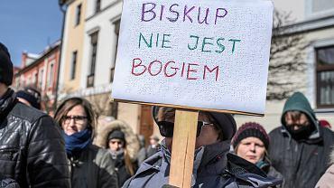 Demonstracja 'Słowo na niedzielę'