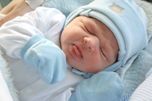Ubranka dla niemowląt Ubranka dla noworodków i niemowląt w rozmiarach cm. Oferujemy ubranka dla niemowląt od czołowych, polskich producentów. Najwyższa jakość ubranek została poświadczona certyfikatami
