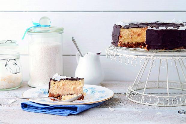 Sernik kokosowy na kruchym spodzie z czekoladą