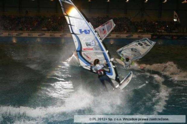 Halowe zawody w windsurfingu w Belgii