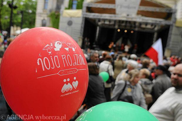 Zdjęcie numer 2 w galerii - Wiceprezydent Szarycz przywitała Marsz dla Życia i Rodzin