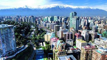 Chile: Pod gwiazdami pustyni. Widok na stolicę kraju, San-tia-go