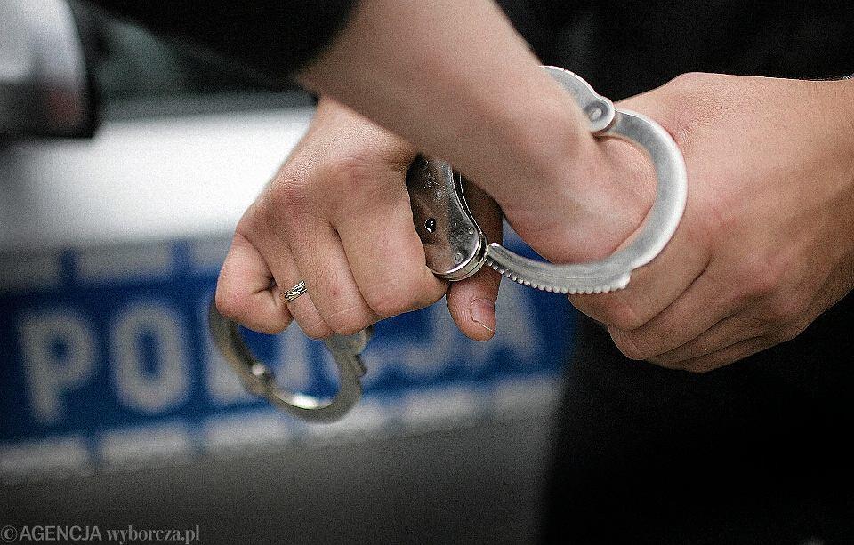 Zdjęcie numer 2 w galerii - Udaremniono zamach na jednostkę policji w Warszawie.