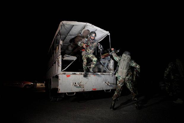Pakistan. Nocna masakra w policyjnej szkole z internatem. Napastnicy zaatakowali śpiących uczniów