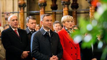 Andrzej Duda podczas obchodów piątej rocznicy pogrzebu Marii i Lecha Kaczyńskich na Wawelu