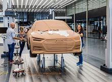 """""""Czasami w modelu glinianym instalujemy reflektory."""" Polak opowiada, jak zaprojektował Audi A6"""