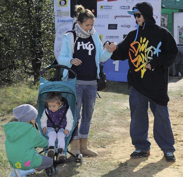 Obuchowicz Bartosz zona dziecko rodzina