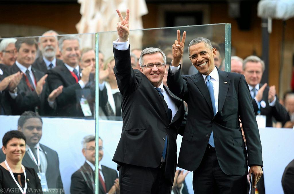 04.06.2014 Warszawa, ówczesny prezydent RP Bronislaw Komorowski i prezydent USA Barack Obama (fot. Kuba Atys/AG)