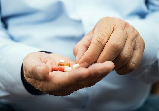 Diuretyki (leki moczopędne) - zastosowanie, rodzaje, skutki uboczne i przeciwwskazania