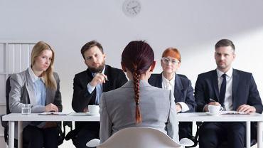 Rekruterzy poświęcają na przejrzenie CV średnio 6 sekund. Dlatego powinno być tak napisane, by przykuło zainteresowanie.