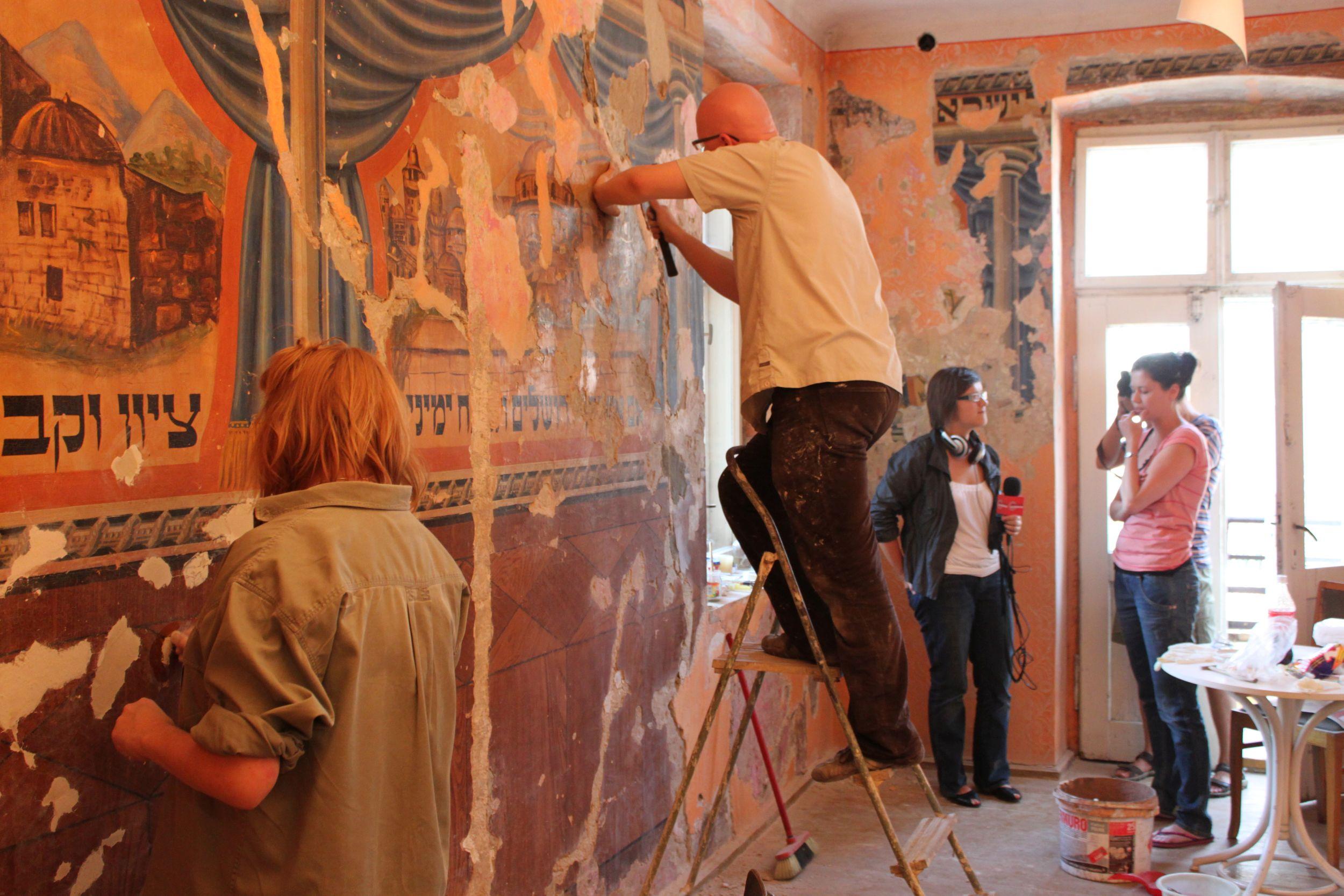 Brama Cukiermana w trakcie renowacji (fot. archiwum prywatne)