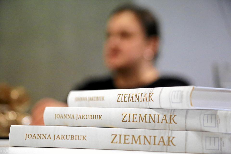 Zdjęcie numer 23 w galerii - Ziemniak wrócił. W książce i opowieści Joanny Jakubiuk [ZDJĘCIA]