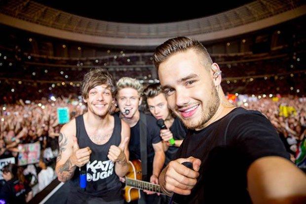 W marcu 2016 roku One Direction kończy działalność. Wokaliści zajmą się karierami solowymi. Po wydaniu piątego albumu, nie będą promować go koncertowo.