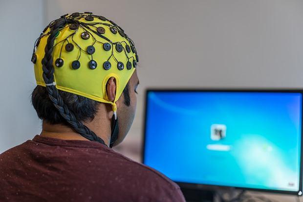 Poznaniacy opracują technologię sterowania myślami. To science-fiction czy rzeczywistość?/Pixabay.com